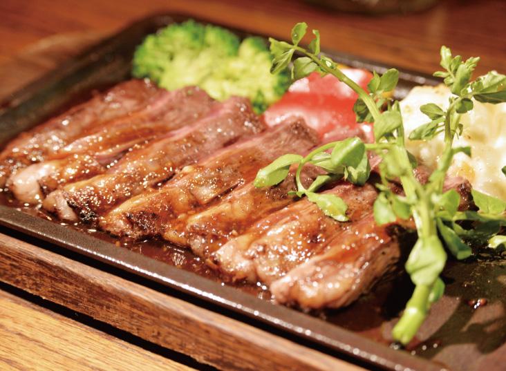 熱々ジューシーアウトサイダー鉄板ステーキ